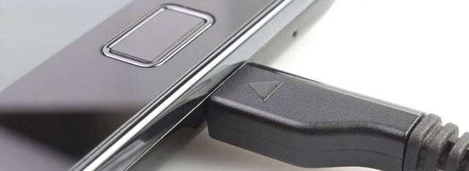 чистить микро-USB разъём